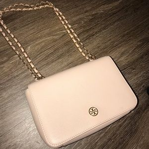 Tory Burch chain logo crossbody/shoulder bag!